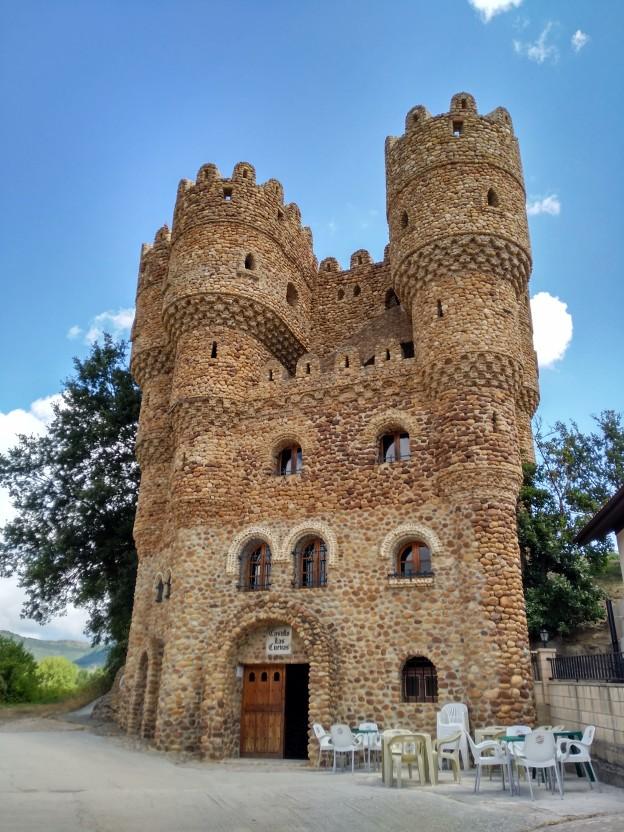 Castillo de Las Cuevas
